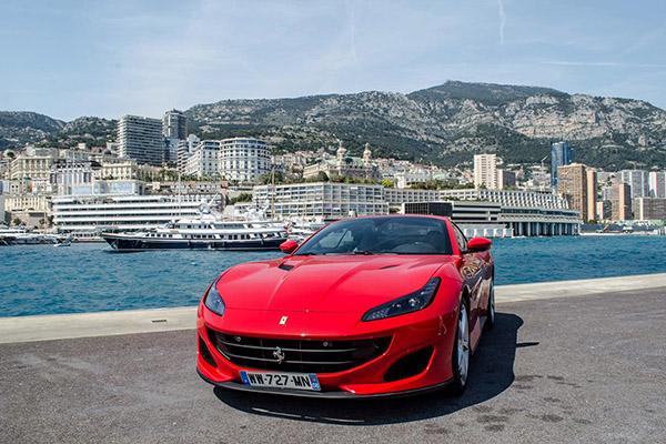 Voiture Ferrari Portofino