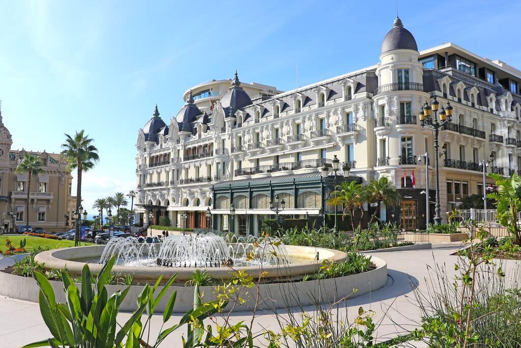Exterior of the Hôtel de Paris Monte-Carlo, Monaco