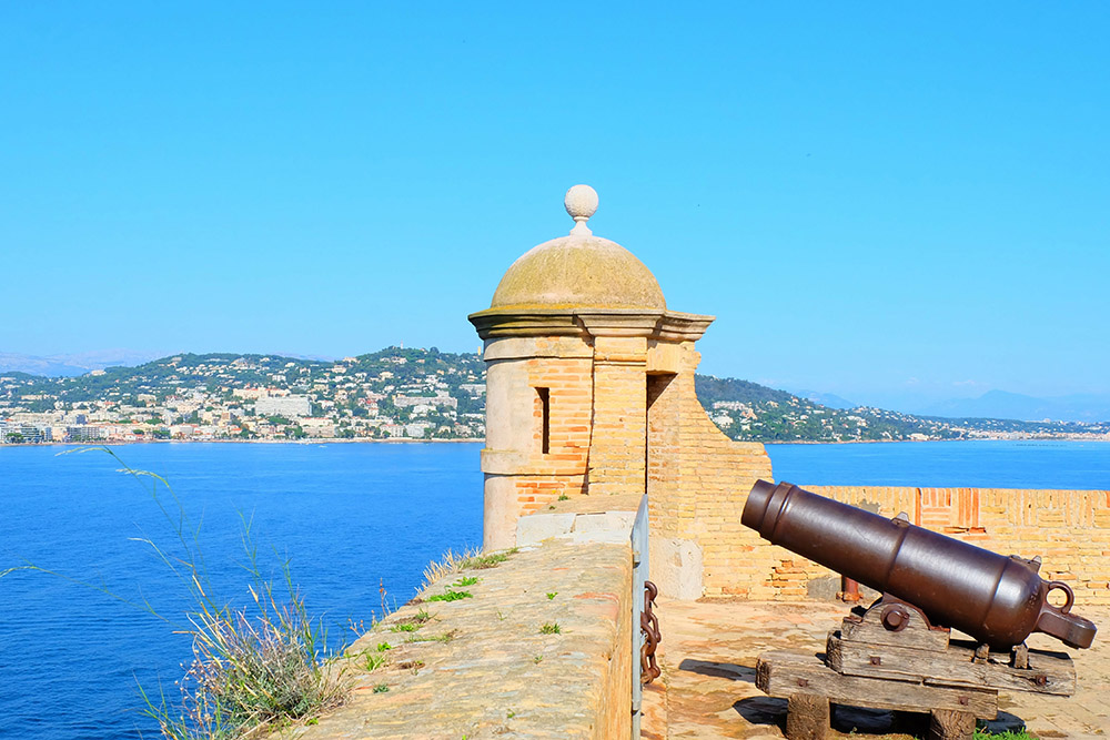 Canon on the royal fort of Sainte-Marguerite Island