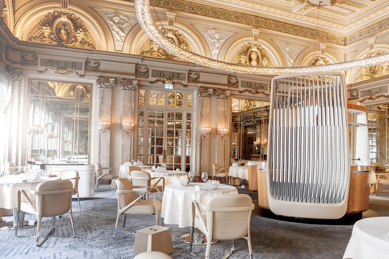 Interior of the restaurant Le Louis XV in Monaco