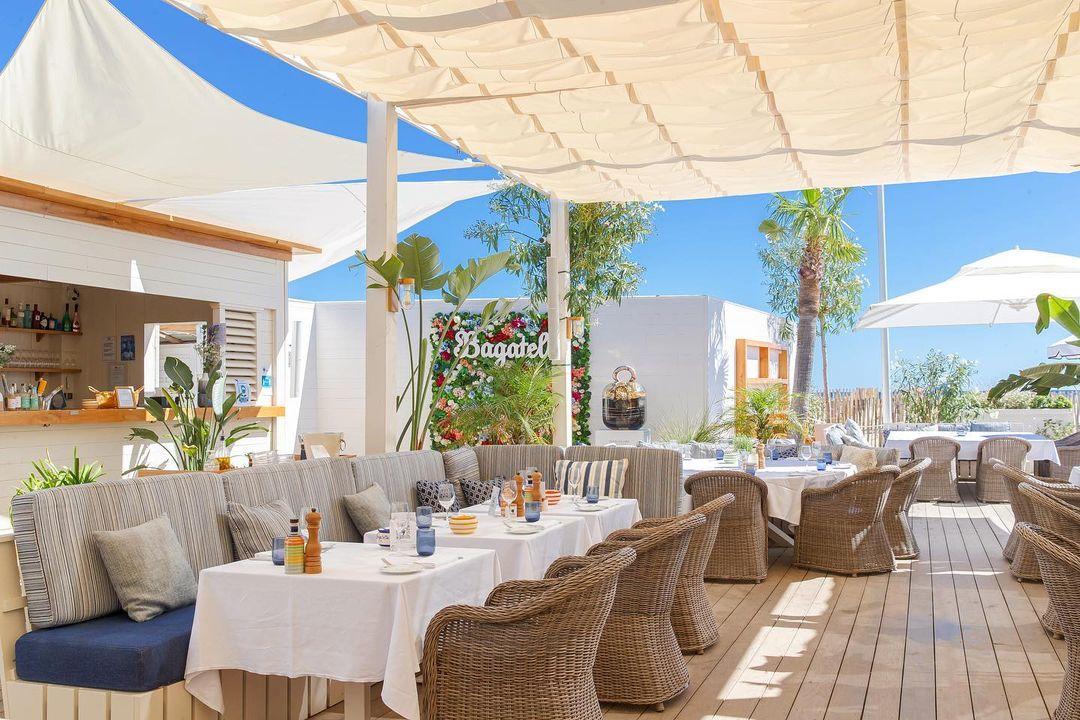 Bagatelle beach Restaurant in Ramatuelle (Golfe de Saint-Tropez)