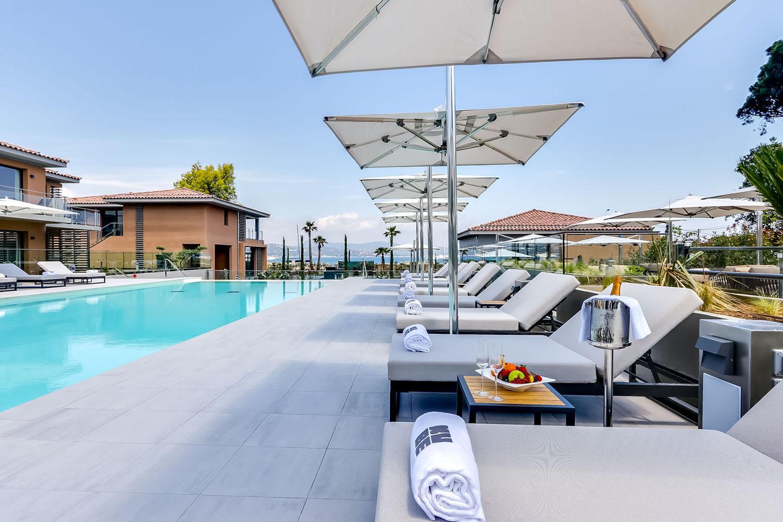 Kube Hotel swimming pool, Saint-Tropez