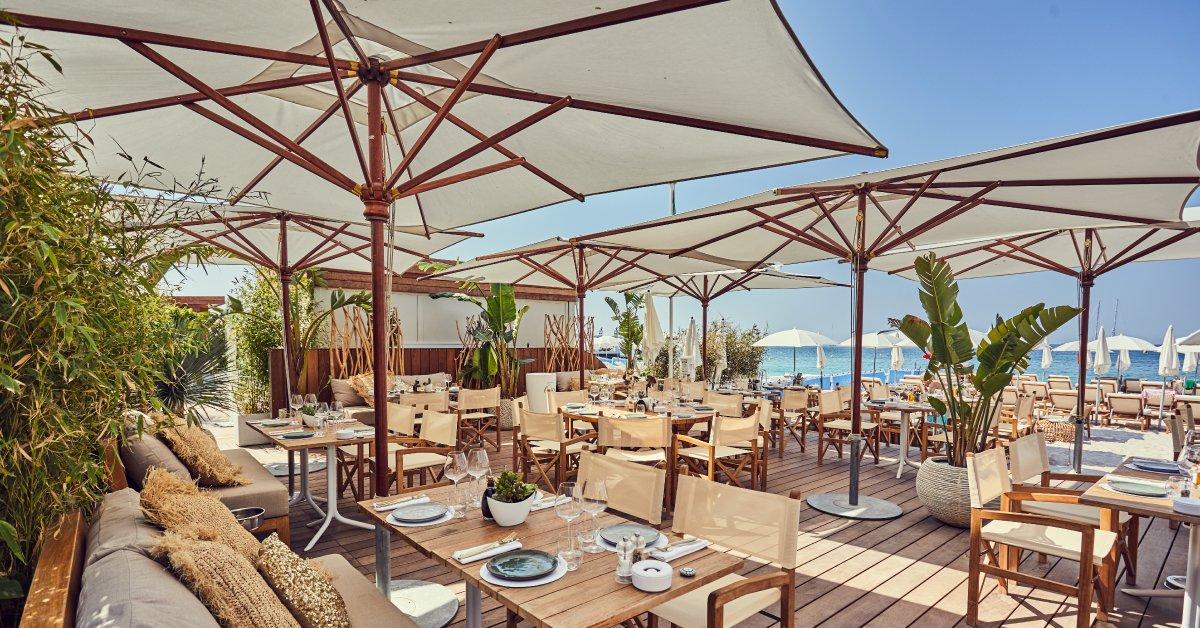 Restaurant de plage Le Miramar à Cannes, Côte d'Azur