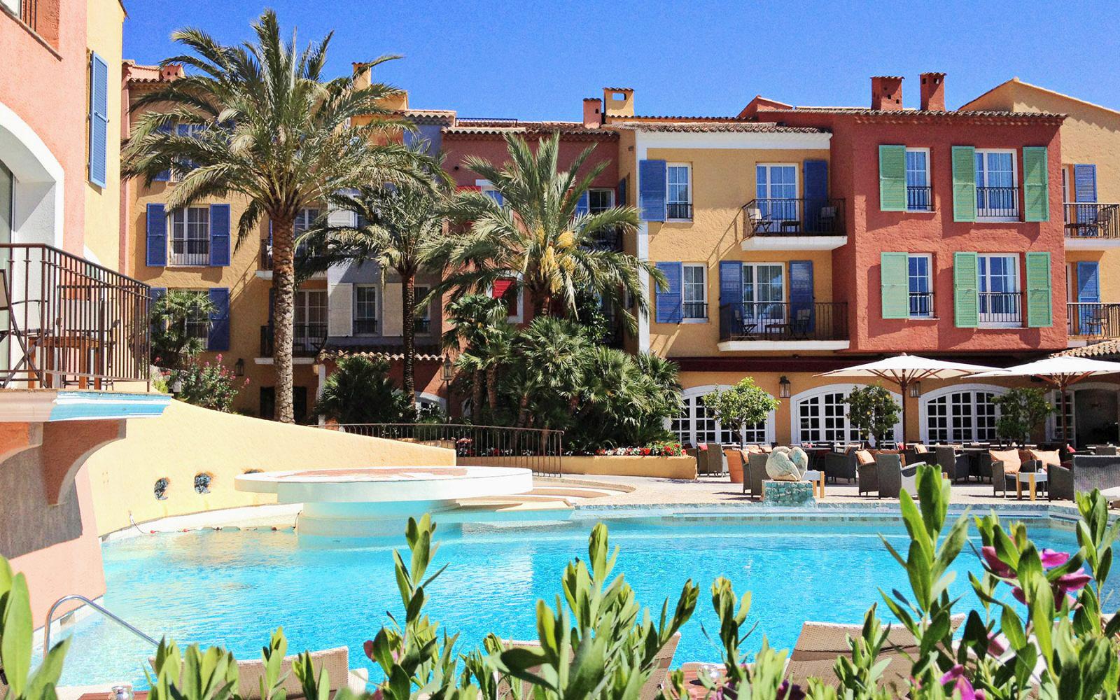 Restaurant l'Arcadia at the Byblos Saint-Tropez hotel