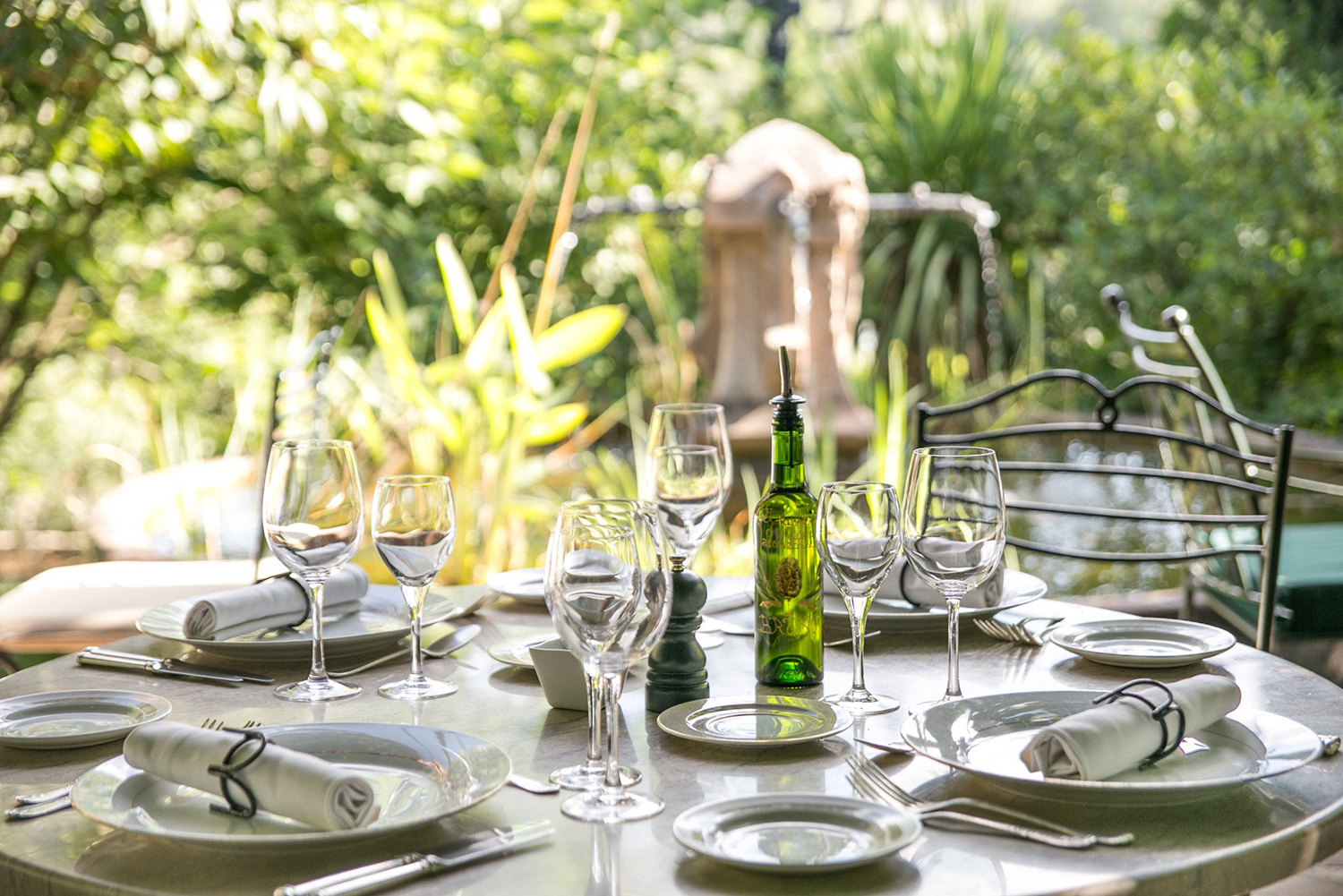 Lunch in a green setting at Chez Bruno, Lorgues