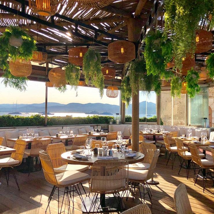 Restaurant haut de gamme à Saint-Tropez