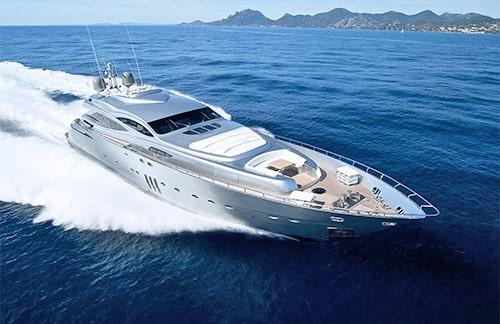 Pershing 155 sportive yacht