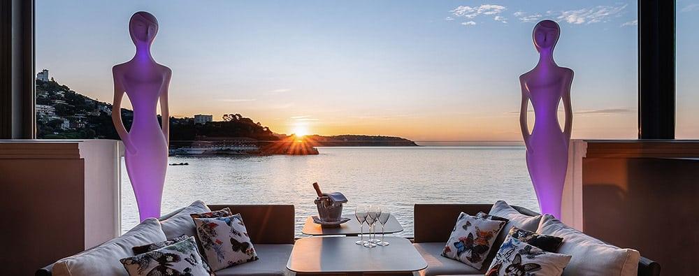 Photo de la vue sur la mer au bar Blue Gin Monaco