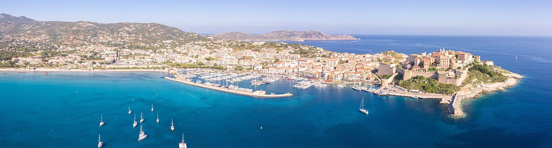 Panorama du Port et de de la Cité Médiévale de Calvi, Corse