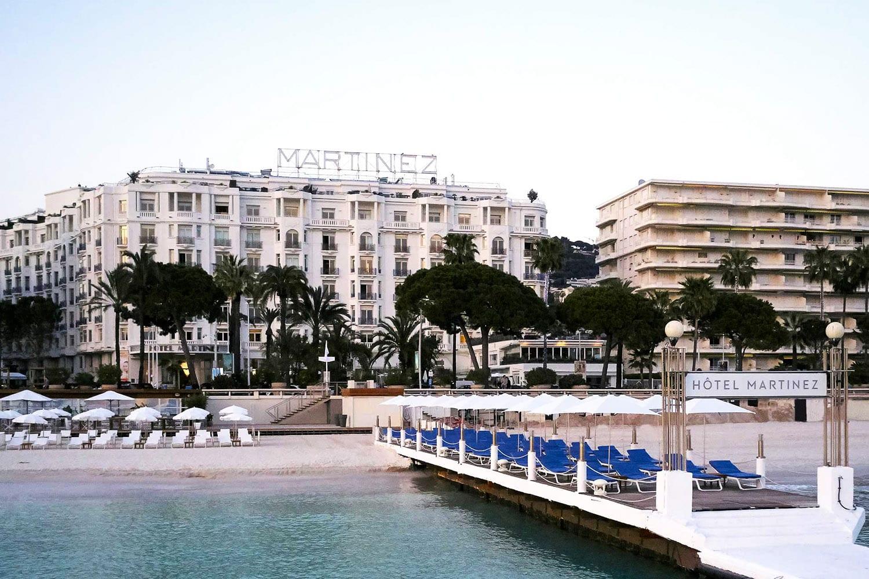 L'hôtel Martinez à Cannes et sa plage privée