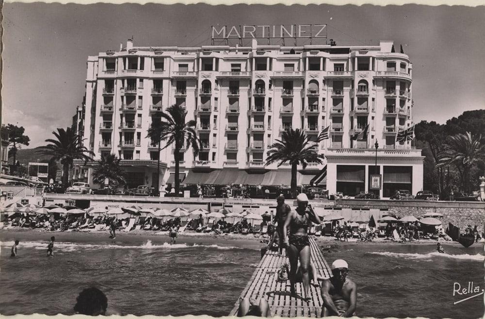 Façade de l'hôtel Martinez à Cannes dans les années 1930