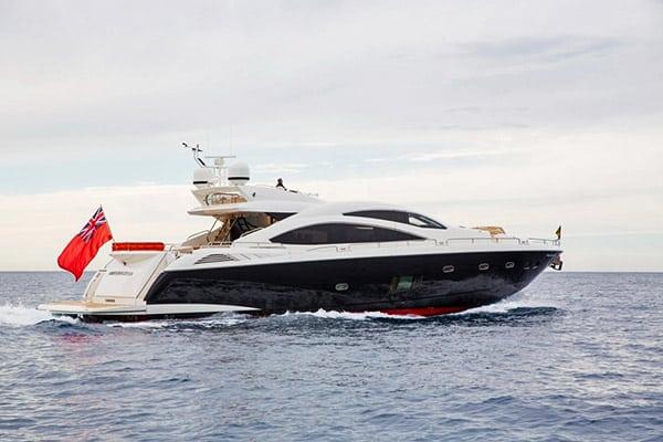 Yacht Firecracker (Sunseeker Predator 84)