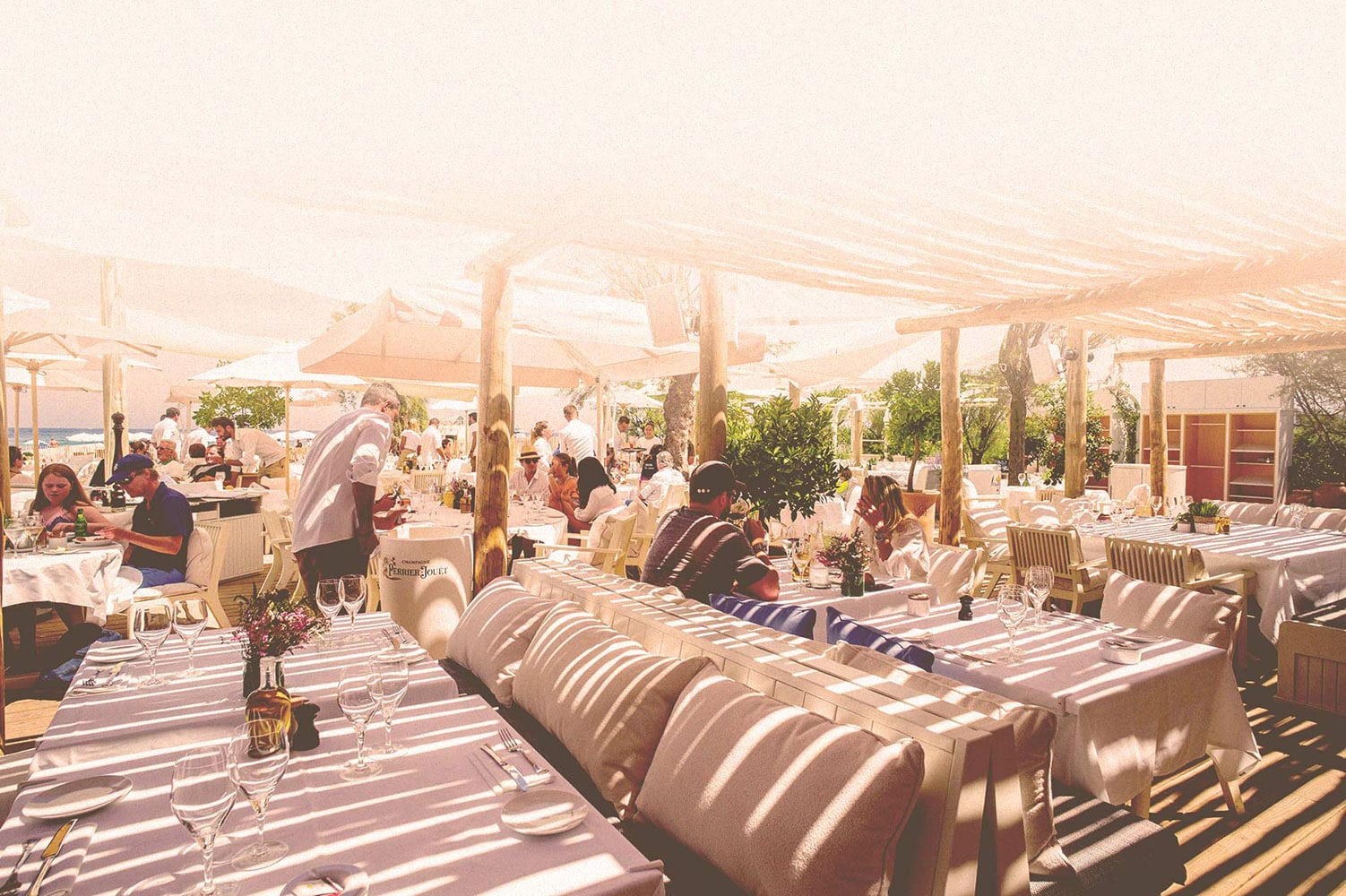 Loulou Beach & Restaurant