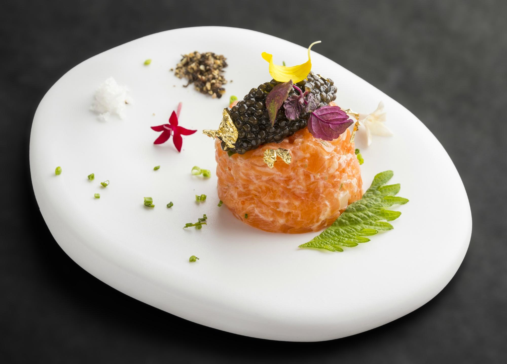 Course served by the Chef Takeo Yamazaki at the restaurant Yoshi