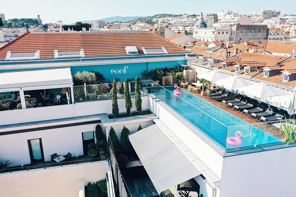 Photo of the rooftop Le Roof at the Five Seas Hotel in Cannes
