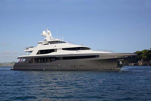 Yacht MUCHOS MAS (Crescent Yachts)