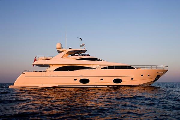 Yacht PERPETUAL