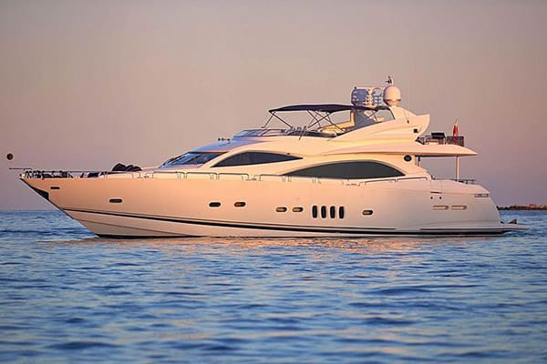 Yacht Pearl Of London