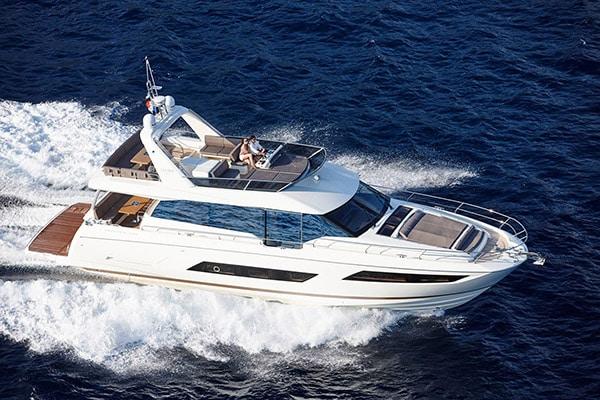 Yacht Prestige 680 Romy One