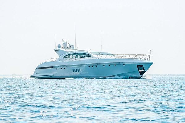 Yacht YALLA (Mangusta 108)